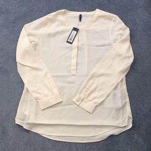 NYDJ petite large vanilla dress shirt